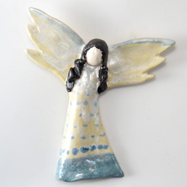 Anioł ceramiczny pastelowy, zawieszka na ścianę
