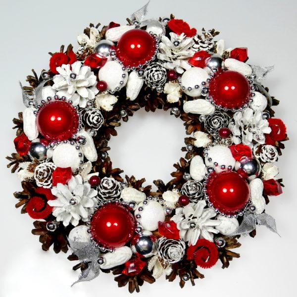 Wianek bożonarodzeniowy czerwono-biały