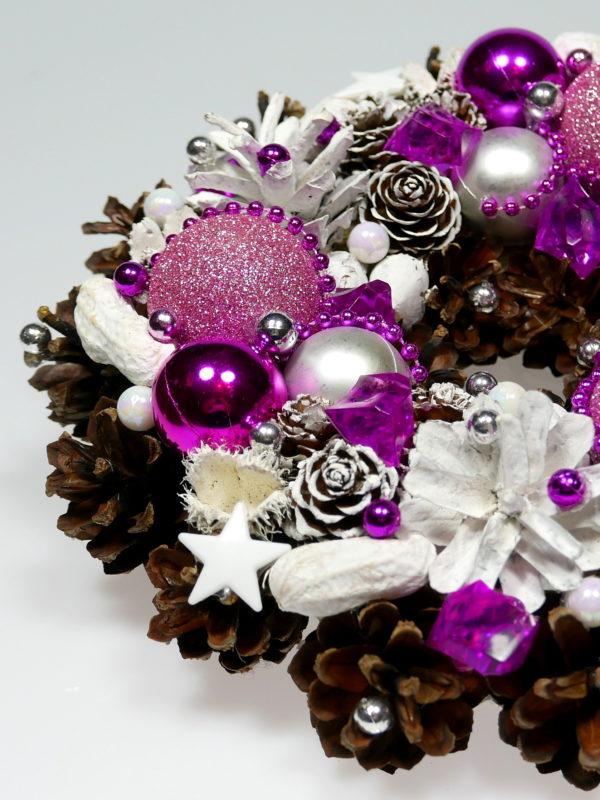 Mały wianek świąteczny różowo-fuksjowy