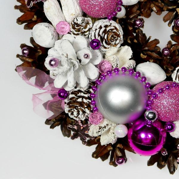 Mały wianek świąteczny różowo-perłowy