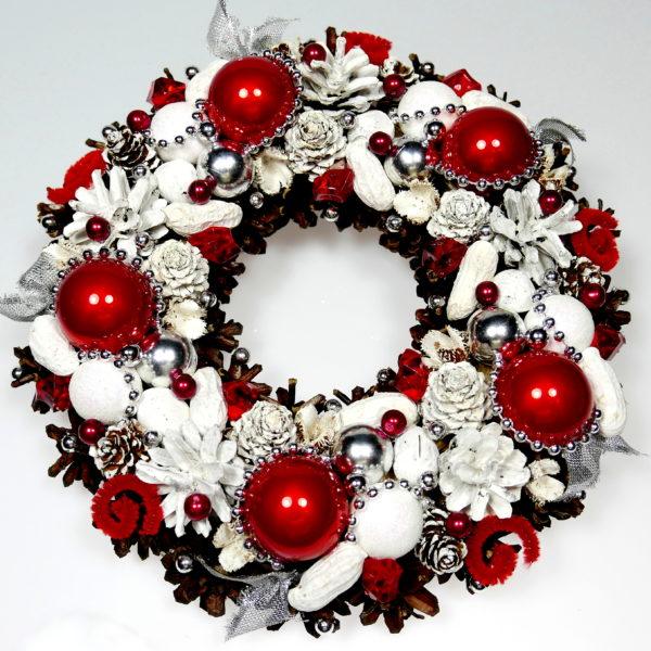Wianek świąteczny czerwono-biały