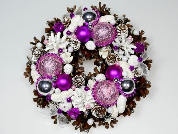 Mały wianek świąteczny różowo-biały