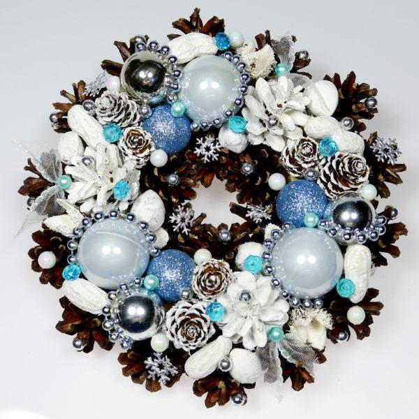 Mały wianek świąteczny biało-błękitny