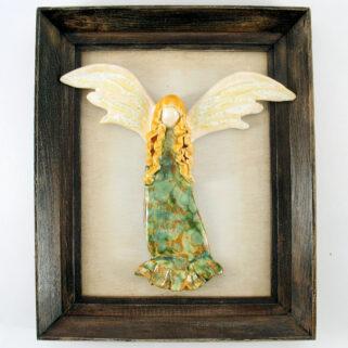 Płaskorzeźba ceramiczna anioł w ramie