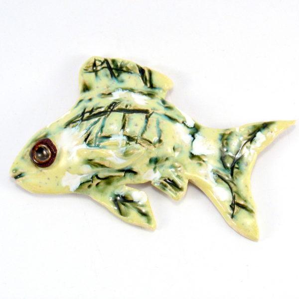 Ryba ceramiczna zielona, zawieszka na ścianę, uformowana ręcznie z gliny, kolorowa, oryginalna dekoracja łazienki, pokoju dziecinnego, salonu,