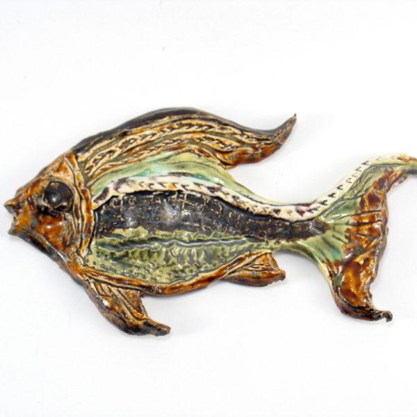 Ryba ceramiczna zielono-brązowa, zawieszka na ścianę, uformowana ręcznie z gliny, kolorowa, oryginalna dekoracja łazienki, pokoju dziecinnego, salonu,