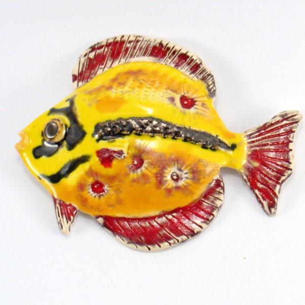 Ryba ceramiczna żółto-czerwona, uformowana ręcznie z gliny, kolorowa, oryginalna dekoracja łazienki, pokoju dziecinnego, salonu,