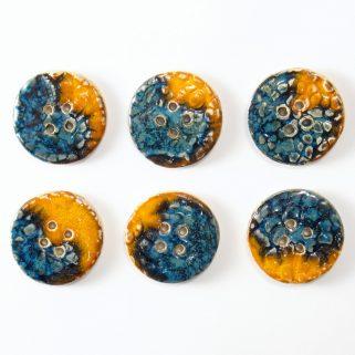 Guzik ceramiczny okrągły pomarańczowo-granatowy