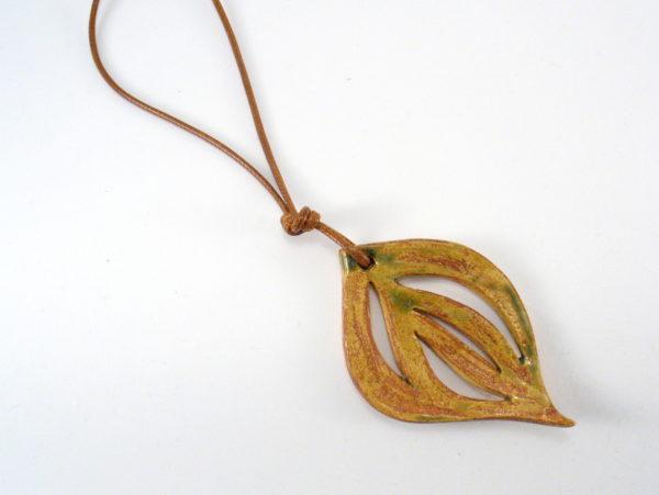 Wisior ceramiczny jesienny liść
