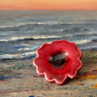 Broszka ceramiczna - Czerwona Soczysta