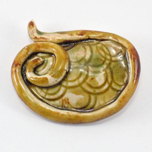 Broszka ceramiczna Loczek