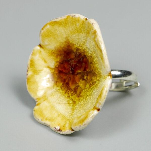 Pierścionek ceramiczny Bursztynowy Kwiat
