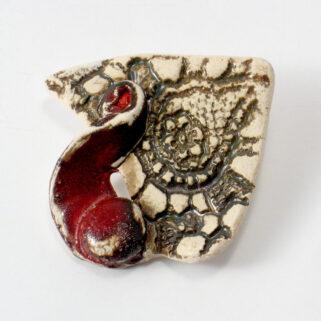 Broszka ceramiczna Stara Koronka Ozdoba swetra lub płaszcza, sprawdzi się na każdą okazję.