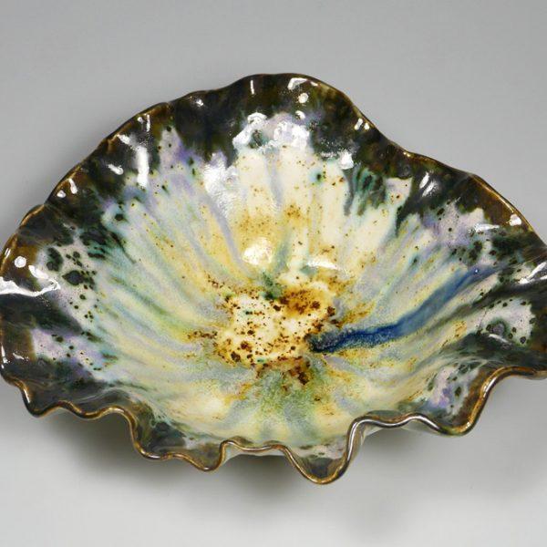 Miska ceramiczna z ciemnym brzegiem