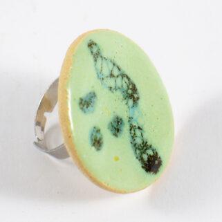 Pierścionek ceramiczny Zielono Mi