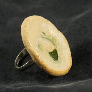 Pierścionek ceramiczny Zielony Akcent