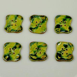 Guzik ceramiczny nieregularny zielony, niepowtarzalny
