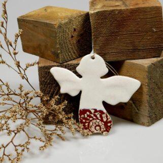 Aniołek Stróż na chrzest, oryginalny prezent dla gości lub dziecka. Dekoracja ceramiczna do zawieszenia na ścianie lub oknie. Rękodzieło.