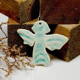 Niebieski aniołek ceramiczny zawieszka