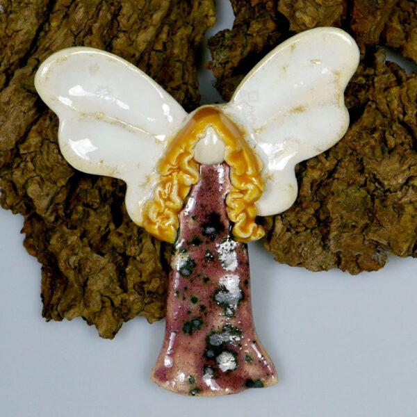 Aniołek ceramiczny wykonany ręcznie z gliny, do zawieszenia