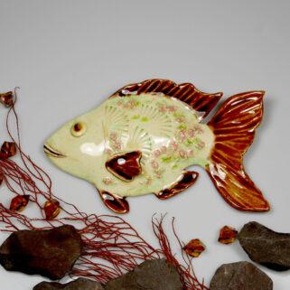 Ceramiczna ryba Bursztynowa, uformowana ręcznie z gliny, wypalona, kolorowa, oryginalna dekoracja łazienki, pokoju dziecięcego, salonu.