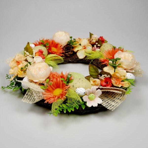 Wianek z kwiatów, oryginalna dekoracja świątecznego stołu
