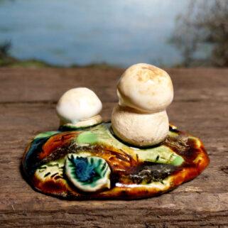 Ceramiczne grzybki prawdziwki rzeźba