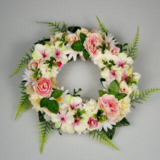 Wianek kwiatowy Nieśmiały Uśmiech romantyczna dekoracja ściany