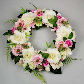 Wianek całoroczny Powiew Świeżości dekoracja kwiatowa do salonu